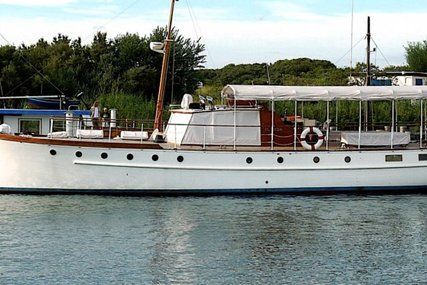Classic SILVER 52 MOTOR-YACHT for sale in Germany for £180,000