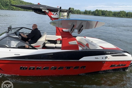 Malibu Wakesetter 23 LSV for sale in United States of America for $117,000 (£83,909)
