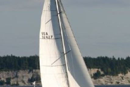 Beneteau First 42 for sale in United States of America for $69,900 (£54,845)