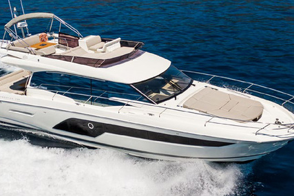 Jeanneau 590 Prestige for sale in France for €1,100,000 (£1,008,296)