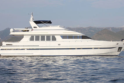 Moonen 83 for sale in France for €950,000 (£867,588)
