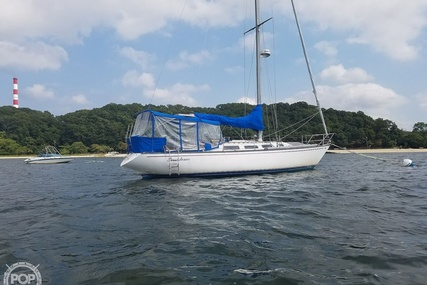 Catalina 38 for sale in United States of America for $33,400 (£25,858)