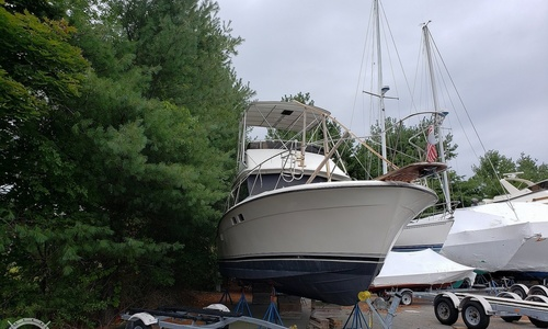 Image of Trojan 32 Sedan Flybridge for sale in United States of America for $17,900 (£13,932) Danvers, Massachusetts, United States of America