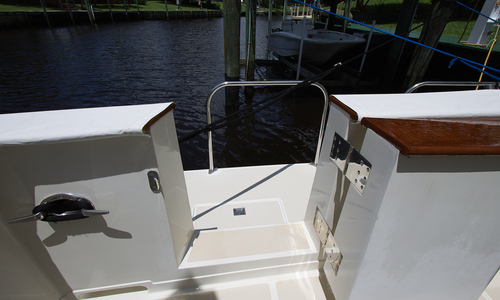 Image of OFFSHORE YACHTS 1999 for sale in United States of America for $529,000 (£413,301) Palm City, Florida, United States of America