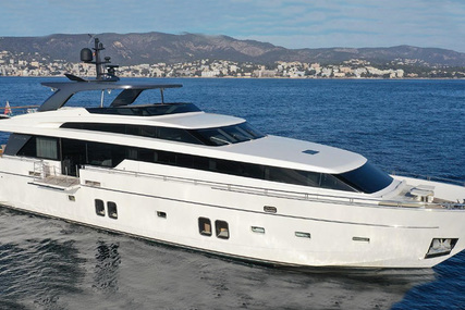 Sanlorenzo SL 104 for sale in Spain for €5,400,000 (£4,928,221)