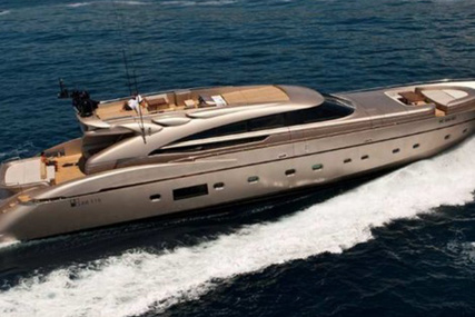 AB 116 for sale in Italy for €4,500,000 (£4,105,465)