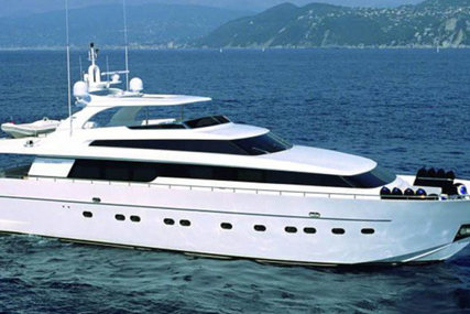 Sanlorenzo Sl 88 for sale in Italy for €3,300,000 (£3,003,960)