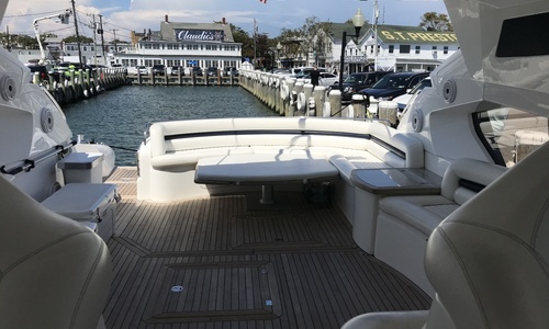 Image of Sunseeker Predator for sale in United States of America for $649,000 (£473,498) Sag Harbor, New York, United States of America