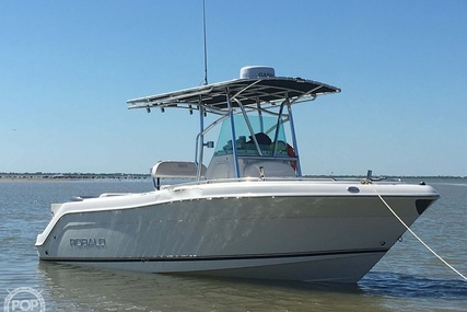 Robalo R220 for sale in United States of America for $39,900 (£31,054)