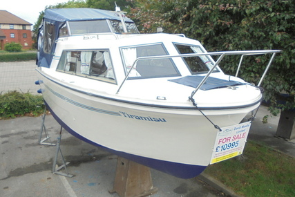 Viking Yachts 20 Wide Beam Tiramisu for sale in United Kingdom for £10,995