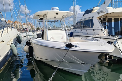 Boston Whaler 320 Outrage for sale in France for €99,000 (£90,418)