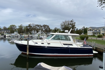 Back Cove 34 for sale in United States of America for $440,000 (£340,650)