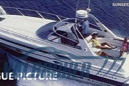 Sunseeker Martinique 36 for sale in Italy for €49,000 (£44,719)