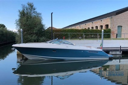 Chris-Craft CORSAIR 36 EUROPEAN EDITION for sale in Italy for €178,000 (£162,559)