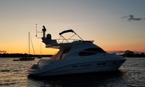 Image of Sealine 42/5 for sale in United States of America for $195,000 (£150,366) New Haven, CT, United States of America