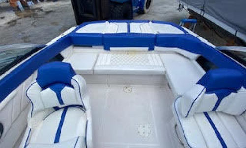 Image of Four Winns H210 for sale in United States of America for $30,500 (£23,519) Key Biscayne, Florida, United States of America