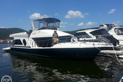 Bluewater Yachts 5200 for sale in United States of America for $230,000 (£180,555)