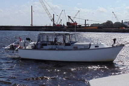 Gulfstar 36 Motorsailor TC for sale in United States of America for $23,000 (£17,833)