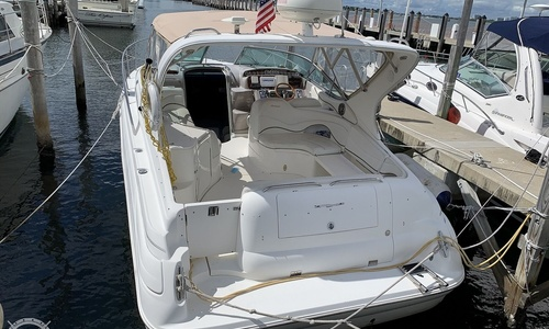 Image of Wellcraft 3300 Martinique for sale in United States of America for $50,000 (£35,458) Miami Beach, Florida, United States of America