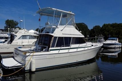 Bayliner 3270 Motor Yacht for sale in United States of America for $19,950 (£15,661)