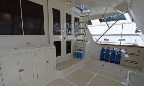 Image of OFFSHORE YACHTS Pilothouse for sale in United States of America for $895,000 (£633,772) Fort Lauderdale, Florida, United States of America
