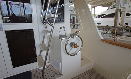 Image of OFFSHORE YACHTS Pilothouse for sale in United States of America for $649,000 (£504,783) Marco Island, Florida, United States of America