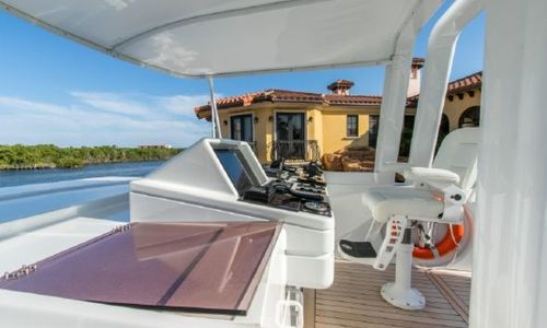 Image of Oceanfast Motor Yacht for sale in United States of America for $1,995,000 (£1,550,261) Fort Lauderdale, Florida, United States of America