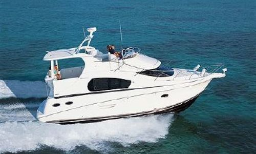 Image of Silverton 35 Motor Yacht for sale in United States of America for $104,000 (£81,642) Newburgh, New York, United States of America