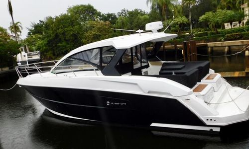 Image of Cruisers Yachts Yachts Express Coupe for sale in United States of America for $379,000 (£274,929) Palm Beach Gardens, Florida, United States of America