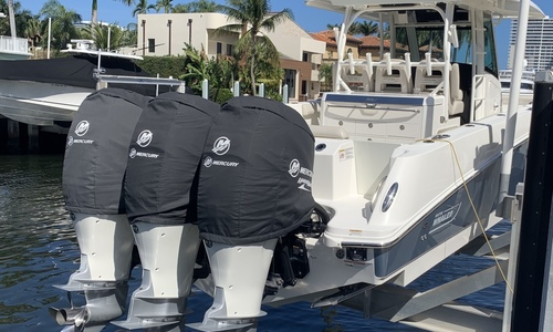 Image of Boston Whaler 350 Outrage for sale in United States of America for $359,000 (£263,513) Miami, Florida, United States of America