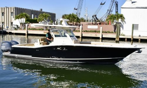 Image of Scout 320 LXF for sale in United States of America for $169,000 (£121,080) Fort Lauderdale, Florida, United States of America