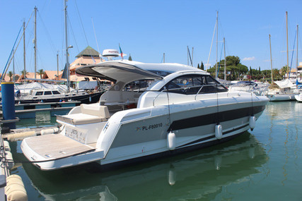 Jeanneau LEADER 36 SPORT TOP for sale in Portugal for €329,000 (£302,068)