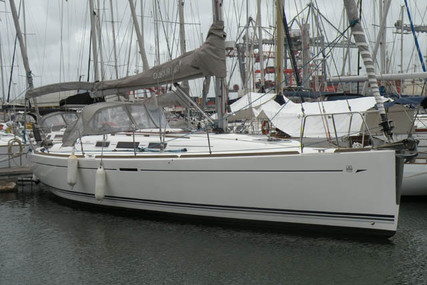 Dufour Yachts 40 Performance for sale in Portugal for €110,000 (£100,390)