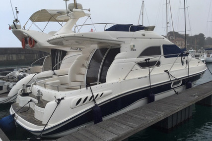 Sealine F33 for sale in Portugal for €75,000 (£68,424)