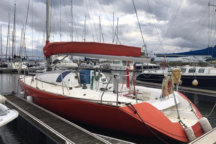 Jeanneau Jod 35 for sale in Portugal for €25,000 (£22,808)