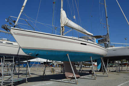 Dehler 43 CWS for sale in Portugal for €85,000 (£77,882)