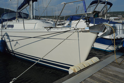 Hanse 311 for sale in Portugal for €40,000 (£35,590)