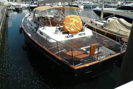 Beneteau 57 Shallow Draft for sale in Portugal for €370,000 (£339,154)
