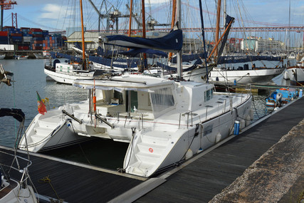Lagoon 440 for sale in Portugal for €260,000 (£237,445)