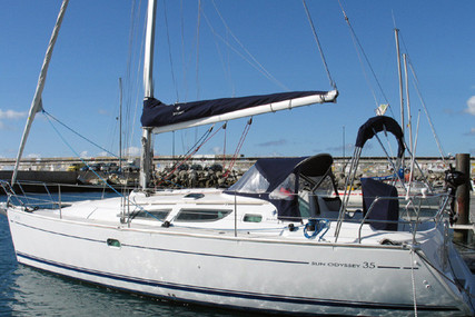 Jeanneau Sun Odyssey 35 for sale in Portugal for €65,000 (£59,361)