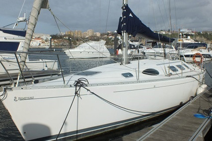 Beneteau First 38s5 for sale in Portugal for €42,000 (£38,065)