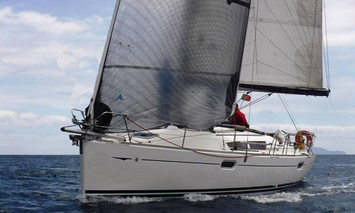Image of Jeanneau Sun Odyssey 39i for sale in Portugal for €95,000 (£86,785) Lisbon, , Portugal