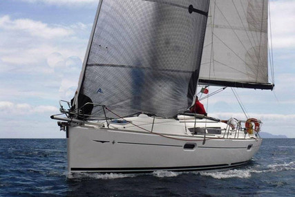 Jeanneau Sun Odyssey 39i for sale in Portugal for €95,000 (£86,765)