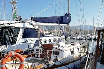 Cheoy Lee 32 for sale in Italy for €34,000 (£30,987)