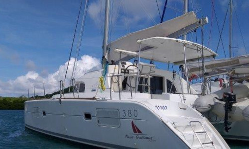 Image of Lagoon 380 for sale in Martinique for €160,000 (£145,823) Le Marin, Martinique