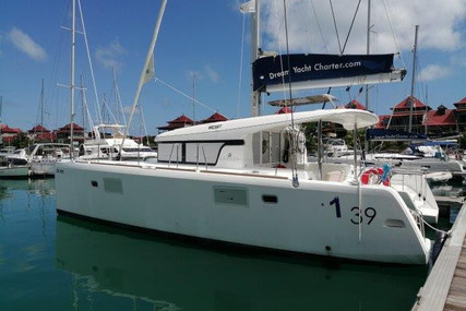 Lagoon 39 for sale in Sierra Leone for €235,000 (£215,618)
