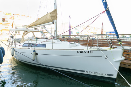 Beneteau Oceanis 31 for sale in France for €48,000 (£43,998)