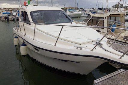 Intermare 800 HT for sale in Italy for €38,000 (£34,832)