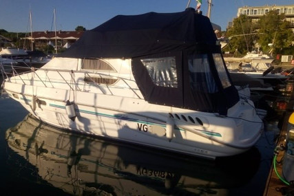 Sealine F33 for sale in Italy for €94,000 (£86,305)
