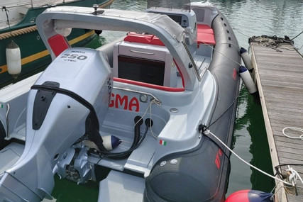 Stingher 27 GT for sale in Italy for €50,000 (£45,616)